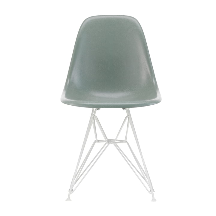 Eames Fiberglass Side Chair DSR from Vitra in white / Eames sea foam green (felt glides white)