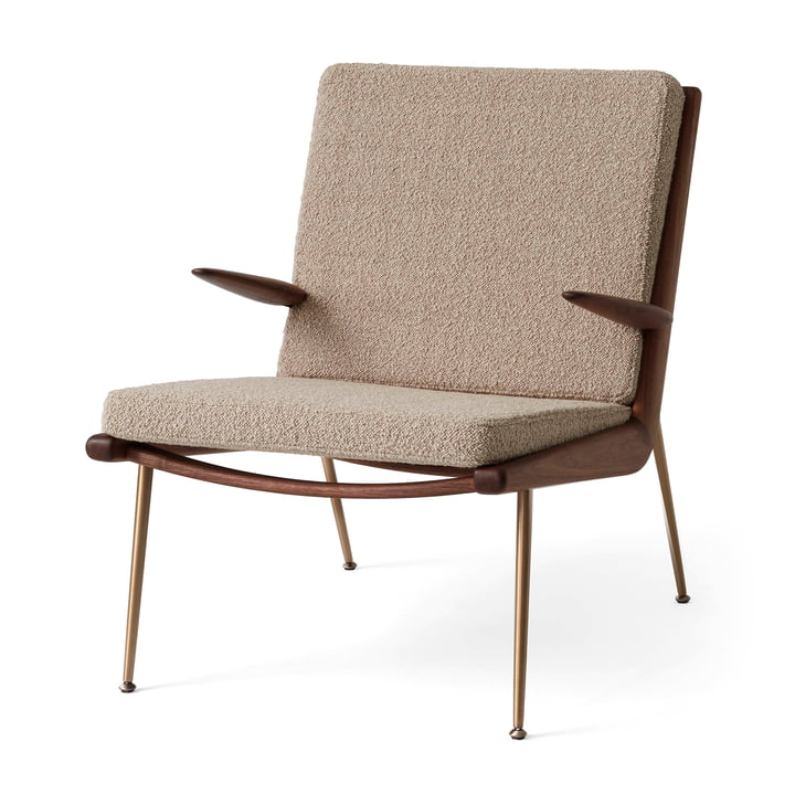 Boomerang HM2 Loungechair from & tradition in walnut oiled / beige (Karakorum 003)