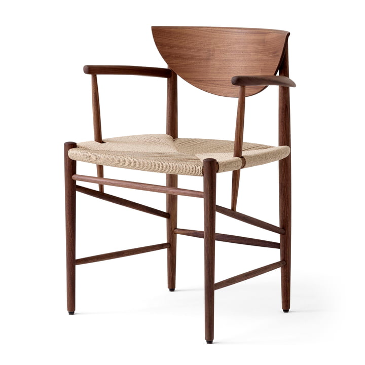 Drawn HM4 Armchair from & tradition in walnut oiled / paper cord natural