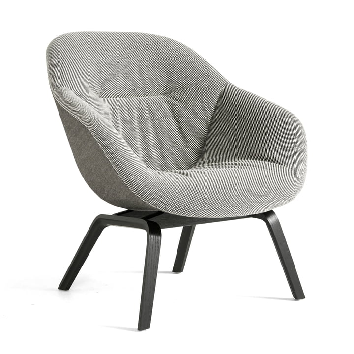 About A Lounge Chair AAL 83 Soft Duo from Hay in black / Dot 1682 02 Bianconero / Remix 152 (EU)