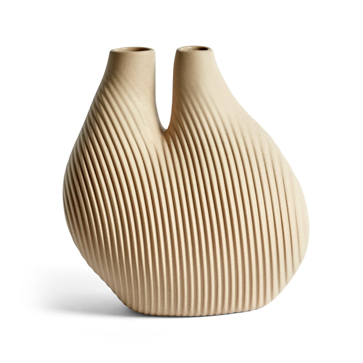 W & S Chamber Vase, light beige by Hay .