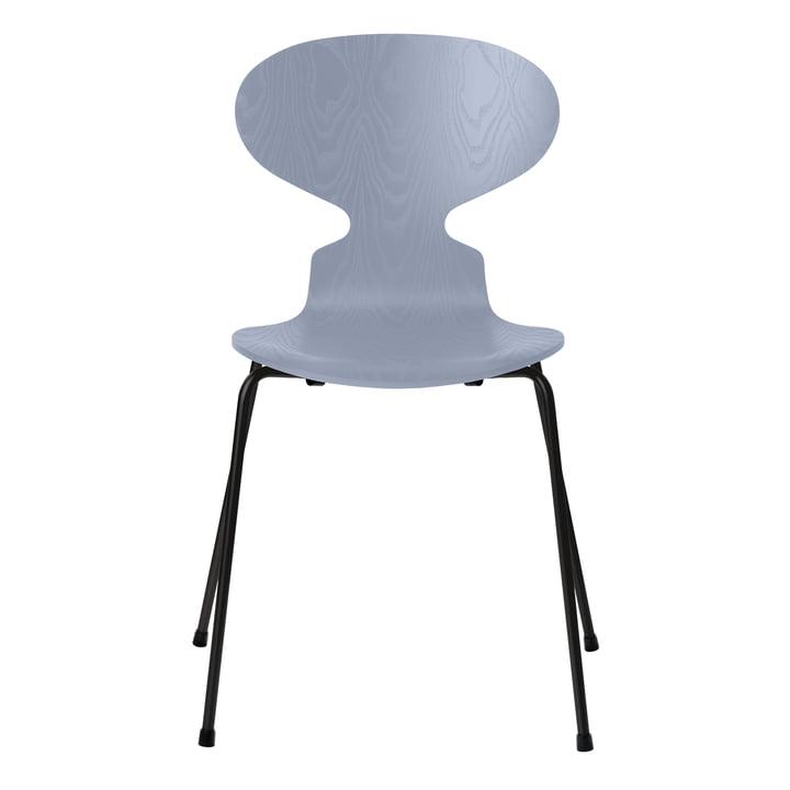 Ant chair by Fritz Hansen in ash lavender blue / frame black