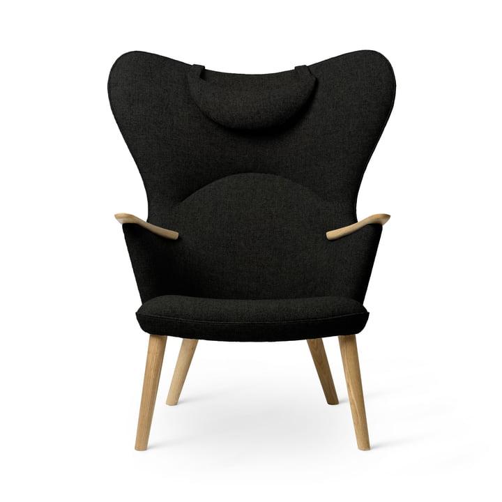 The CH78 Mama Bear Lounge Chair, oiled oak / Fiord 0991 by Carl Hansen