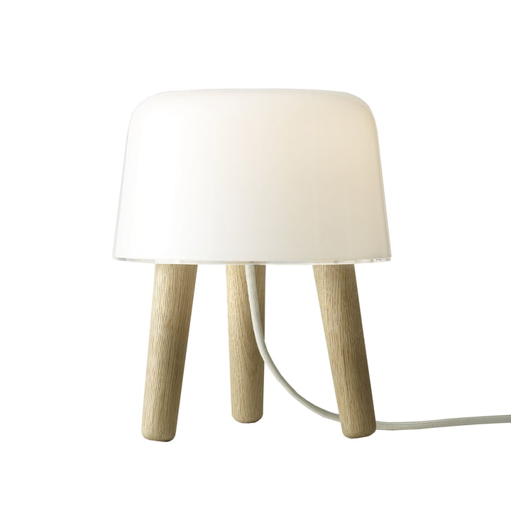 Milk Table lamp from & tradition with white cable and oak wood feet
