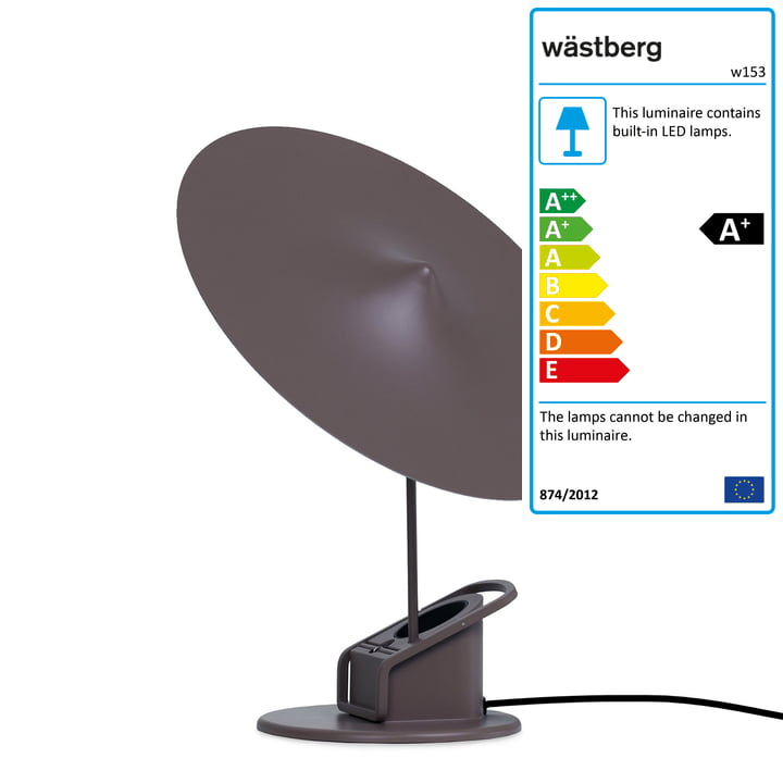 The w153 île LED table lamp from Wästberg in grey brown