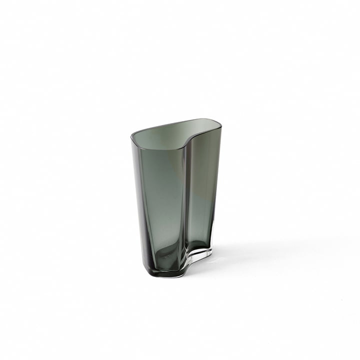 The Collect Vase SC35 from & Tradition in smoke