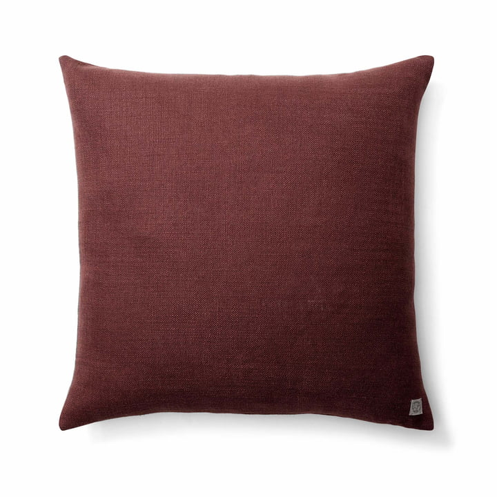 The Collect SC29 cushion heavy linen from & tradition in burgundy