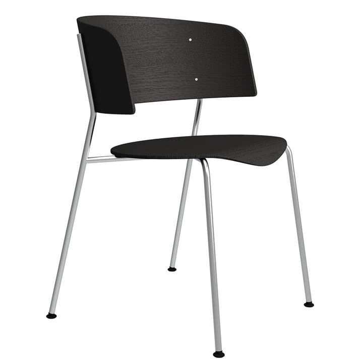 The Wagner armchair from Objekte unserer Tage in chrome / oak black lacquered