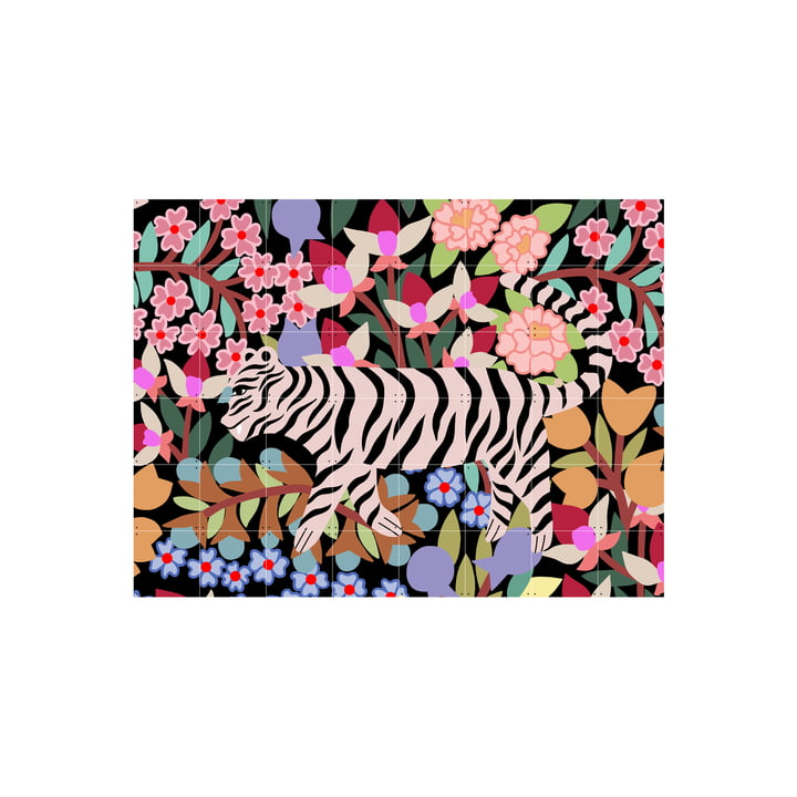 The Tiger in Flowers mural from IXXI consists of composable cards