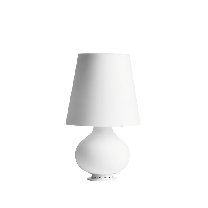 The Fontana table lamp from FontanaArte in white