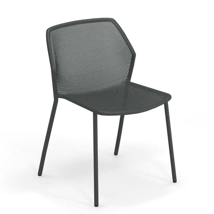 The Darwin garden chair from Emu in antique iron