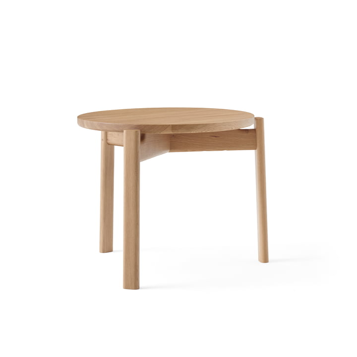 The Passage Lounge table from Menu in natural oak, Ø 50 cm