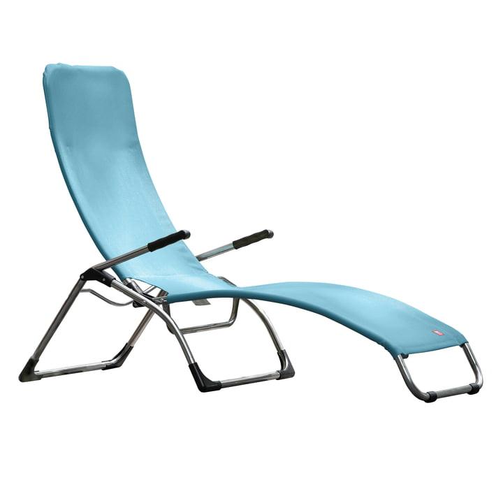The terrace lounger Samba from Fiam , aluminium / sea blue