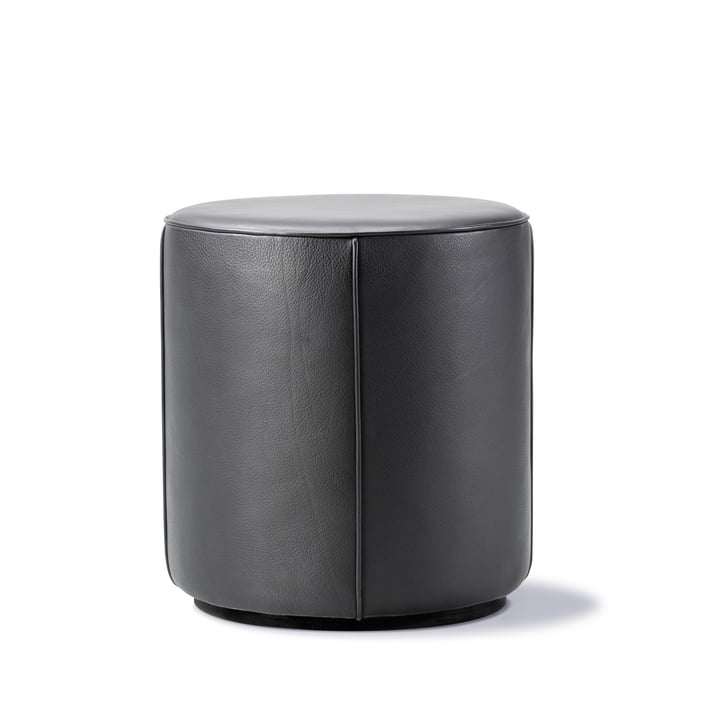 Mono Pouf Ø 39 cm by Fredericia in leather 301 black