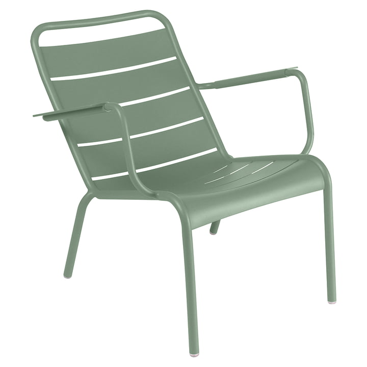 The Luxembourg Deep armchair in steel from Fermob, cactus