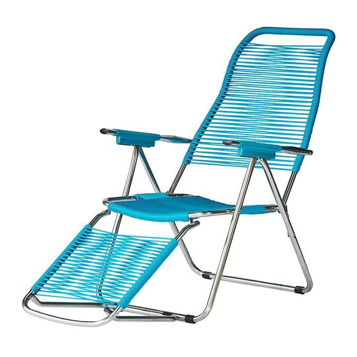 The deck chair Spaghetti from Fiam , frame aluminium / cover petrol