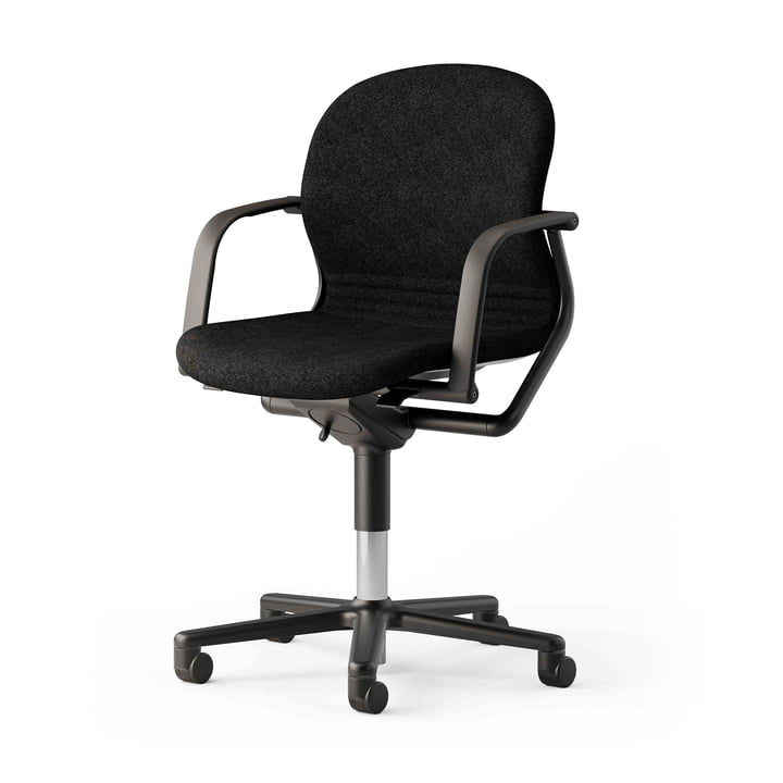 The FS 211/8 office chair with armrests from Wilkhahn , black / black