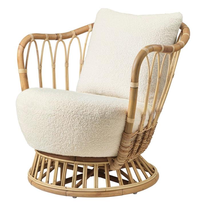 Grace Lounge Armchair from Gubi in cream (Karakorum Dedar 001)