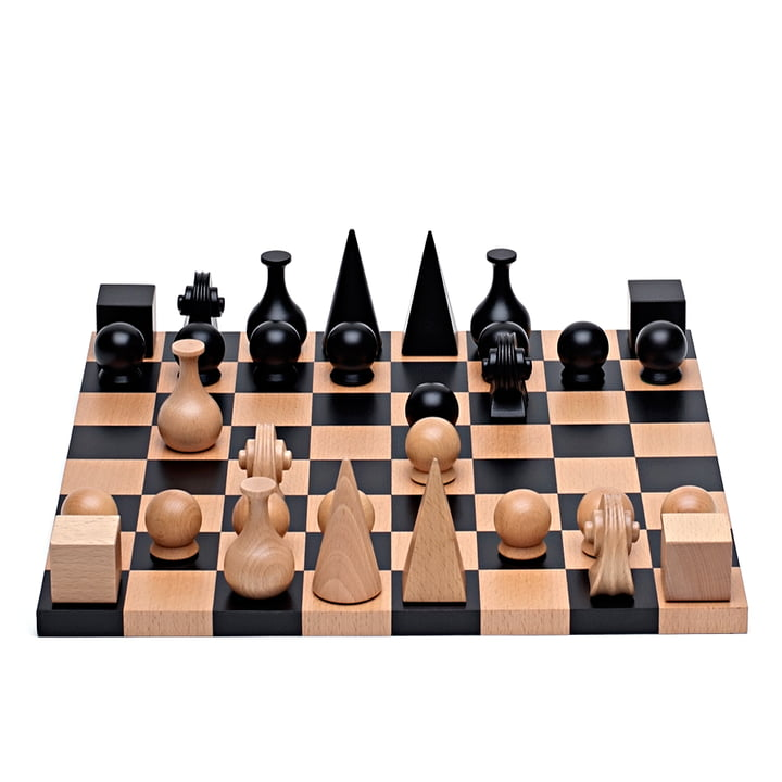 Man Ray Chess set from Klein & More from 32 pieces with board, 40 x 40 cm