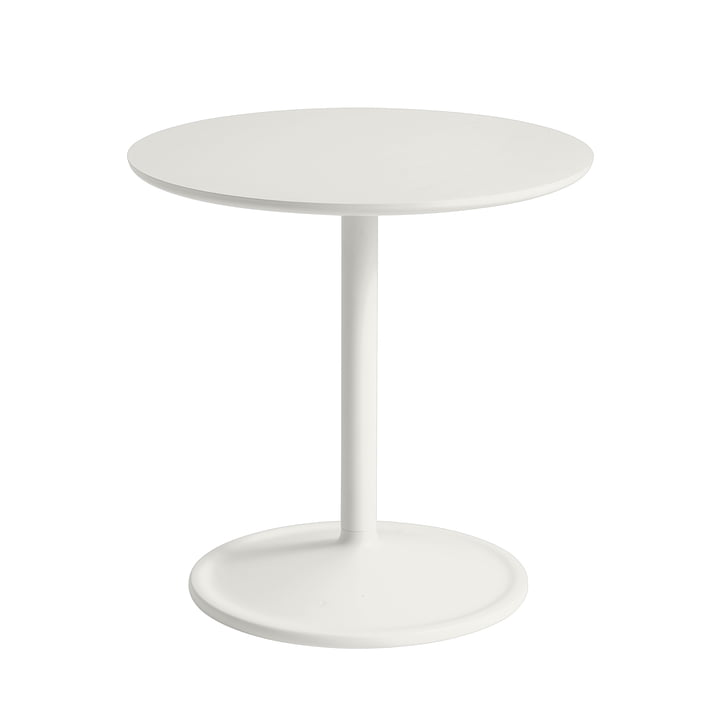 Soft Side table Ø 48 cm, H 48 cm from Muuto in off-white