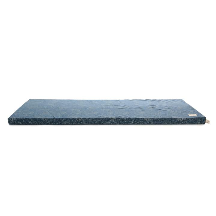 St Barth Play mattress 60 x 120 cm by Nobodinoz in gold bubble / night blue