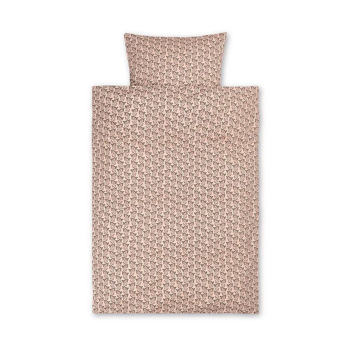 Strawberry baby bedding by ferm Living in color pink