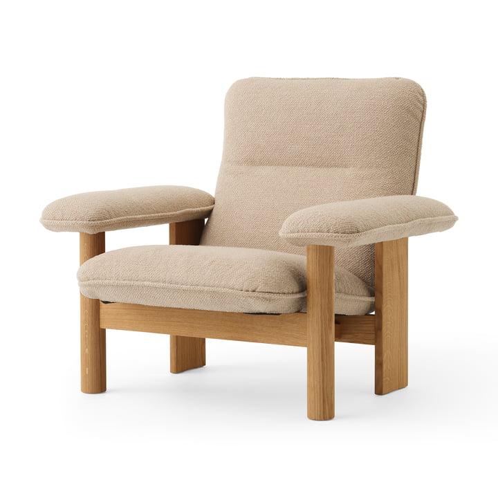 Brasilia Lounge Chair, Natural oak / Bouclé beige from MENU