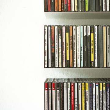 linea1 b CD-shelf in white by Francesco Apuzzo and Irina Jurasic