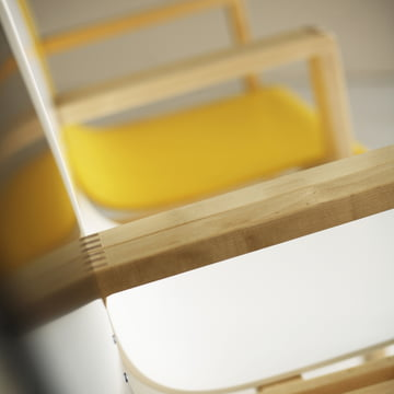 Artek - 403 Hallway Armchair, detail