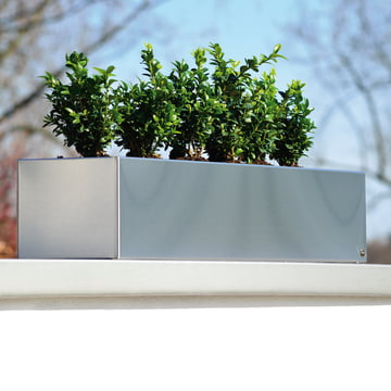 Radius Design - flower box stainless steel