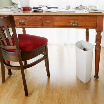 Authentics - Lip wastepaper bin - situation