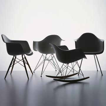 Vitra - Eames Plastic Armchair, basalt - group