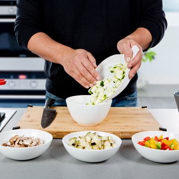 Royal VKB - Chop Organizer, white - vegetables in bowl