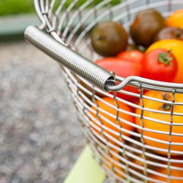 Korbo - Bucket 24, Ambience image, Detail: Tomato
