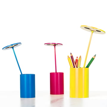 Formagenda - E.T. Table Lamp - blue, yellow, magenta - pens