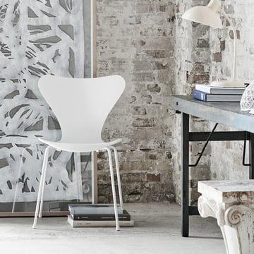 Fritz Hansen - Series 7 Chair, monochrome white