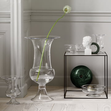 The Old English floor vase with more vases of the series