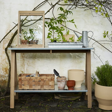 For planting, repotting and growing