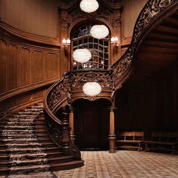 Style-Conscious Entrance Hall