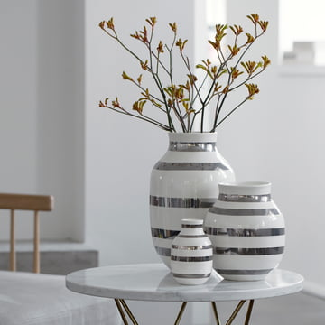 Kähler vases with stripes design