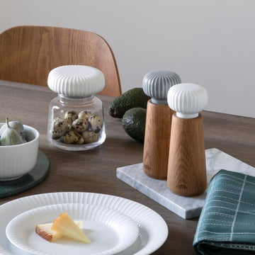 Hammershøi collection with grooves design