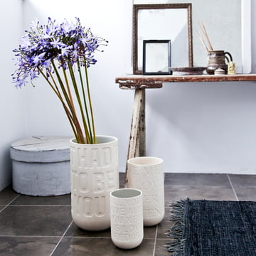 Subtle flower vase with lovely details