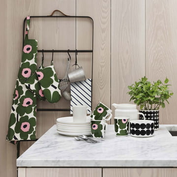 Tea towel by Marimekko with the Potholder by Marimekko