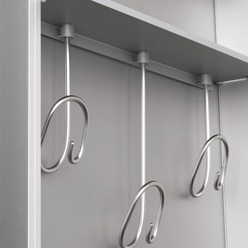 Wardrobe to be hanged