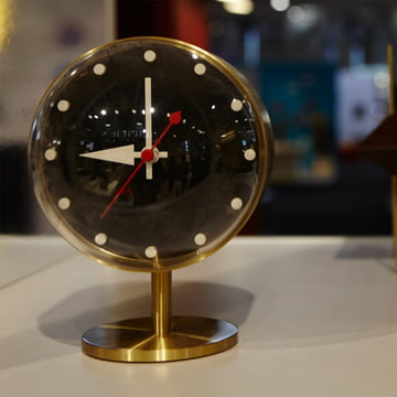 Vitra - Night Clock made of brass and acrylic glass