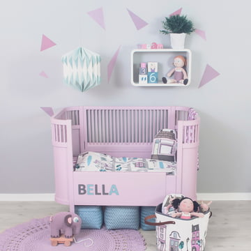 Kili baby bed with rails by Sebra