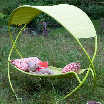 The swinging bed brings back the days of the hammock!