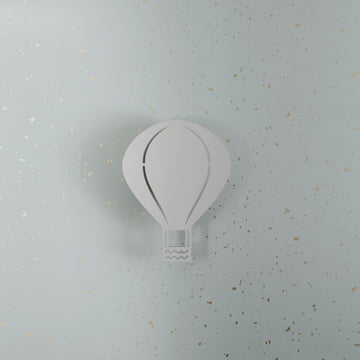 Wall lamp in the shape of a hot-air balloon