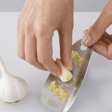 Shred-Line Garlic and Ginger Grater from Joseph Joseph
