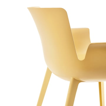 Piuma Chair made of Carbon-reinforced Plastic